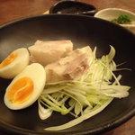 庵GuRi - 岩手豚バラ肉やわらか煮¥800
