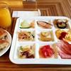ボンサルーテ・カフェ - 料理写真:一皿目は洋食で