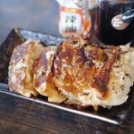 麺屋ジョニー - 餃子 290円