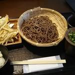 五条 - 料理写真:天ざる2枚 1,350円+ごぼう天 100円