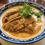 新新園 - とんかつ担々麺(2018年7月)