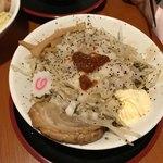 麺屋 松龍 - まぜそば これがかなりヘビーでした 学生さんオススメ