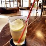 Cafe はまぐり堂 - 自家製ミントレモネード 550円