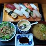 宝寿司 - にぎり10貫(900円)