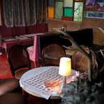 ランプ城 - 昔このテーブルを囲んでいた光景を想像する。