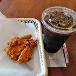 ケンタッキーフライドチキン イオン多賀城店 - レッドホットチキン,アイスコーヒー(L)