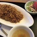 太陽の恵み - 昭和のチキンライス サラダ スープ付