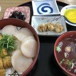 91037921 - 二股丼 2.400円