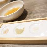 大衆天ぷらtoかすそば風土.はなれ - 塩、天つゆ