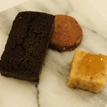 オルディヴェール - チョコと抹茶のフィナンシェ ケークサクレ ギモーブ