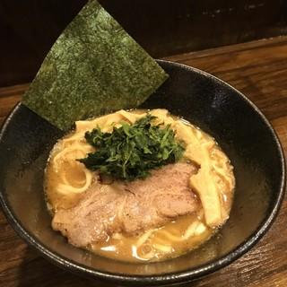 最高峰の濃厚醤油豚骨ラーメンが渋谷に登場!!