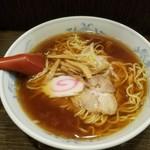 麗紅 - ラーメン  580円