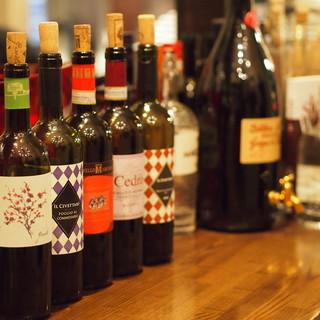 こだわりの逸品料理と相性抜群のイタリアワインの数々