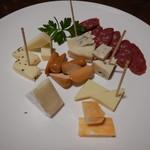 デジャヴ - チーズの盛り合わせ