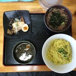大島 - つけ麺・温(680円)