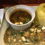 (食)ましか - ハーブ鶏のグリーンカレー、真鯛とホウレン草の中華風カレー