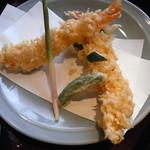 上野藪そば - 大きな海老二本