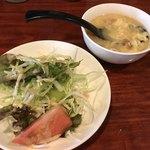 八戒 - スープとサラダも付くよ〜