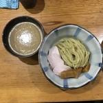 91069738 - つけ麺(中)200g 900円