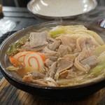 糸庄 - 料理写真:もつ煮込みうどん