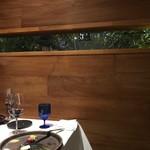 タニーチャ - 個室の窓