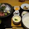 臼杵みなと市場 - 料理写真:勝手丼 700円+お刺身実費