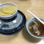 91079876 - ソースカツ丼(提供時は蓋が付いています)