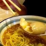 麺屋ななしぐれ - 味玉トロトロ