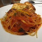 9108762 - 茄子とアスパラ・ほうれん草のアラビアータ(Pastaセット ¥980)