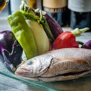 「島根和牛」「石見ポーク」「白イカ」など、島根県の食材を堪能