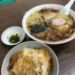 91086953 - 半玉子丼・ラーメンセット