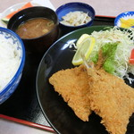 どんぶり - アジフライ定食750円