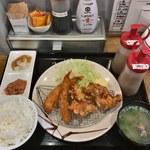 91091852 - ザンギ&海老フライ定食
