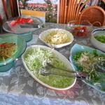 農家レストラン さん食亭 - サラダコーナーもあります