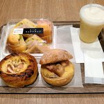 リトルマーメイド - 今回購入したパンとジュース