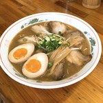 中華そば お々原家 - 料理写真:中華そば大 (肉、煮卵入り)