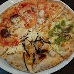 馬車道 - 料理写真:食べ放題のピッツァ