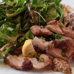 kuunel kitchen - ハーブマリネした鳥もも肉のグリル マスタードとレモンで