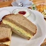 マイカフェ - 料理写真:炭焼ブレンドコーヒー400円と玉子焼きサンドのモーニング
