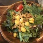 カフェ ド ラフェット - サラダ。 美味し。