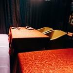 ワインサロン 銀座G.G. - 半個室は二席です