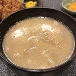 とんかつ檍 - 豚汁:しじみの味噌汁とかの方がいいな