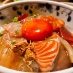 91123208 - 海鮮丼 1,500円