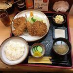91125928 - 店限定定食のヒレ・アジフライ・メンチカツ(1200円)