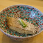 太平寿し - のどぐろの蒸し寿司:身の使い方が贅沢