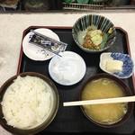 食堂 うえき - 納豆定食