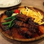 GRILL & BAR うしすけ - 牛ハラミのガーリックステーキ