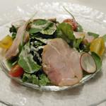91133090 - 埼玉県産 吉田豚モモ肉の自家製ハム サラダ仕立て
