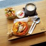パン工房 Riso - モーニング「朝パン (500円)」