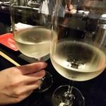 鶏そば・ラーメン Tonari - グラスワイン(白)